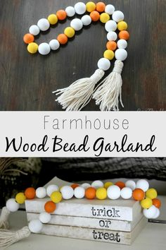 Make your own cute farmhouse wood bead garland. Add it to your holiday decor or just for fun in any room of your house. Great for teired trays. Christmas Wood Crafts, Christmas Signs Wood, Fall Crafts, Diy Crafts, Christmas Bead Garland, Prim Christmas, Wood Bead Garland, Diy Garland, Beaded Garland