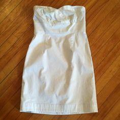 Dress White strapless dress. Never been worn. Robin Jordan Dresses