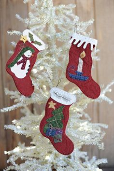 Hung With Care - Wool Applique Stocking Ornament PATTERN - BPJ366