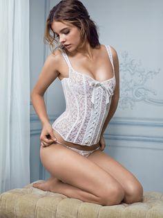 Amazing white lace corset