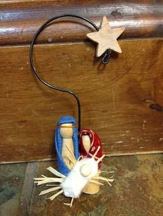 Christmas Series Day 26 - Christmas Nativity Ornament Tutorial www.craftynightowls.blogspot.com #30_days_of_christmas #12_days_of_christmas #nativity #ornament #mary #joseph #jesus