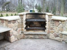 Outdoor cooking fireplace
