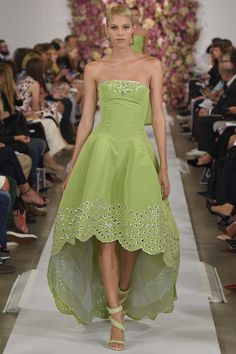 DORLY DESIGNS: New York Fashion Week: Oscar de la Renta RTW S/S 2015