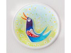 3D omaľovánka - Vtáčik  Chcete si užiť spoločnú chvíľu s dieťaťom pri zábavnom maľovaní? Detičky radi tvoria a vyrábajú vždy niečo nové. Potešte ich obrázkom, ktorý si môžu vymaľovať podľa vlastnej fantázie. Vyrobia si vlastný obrázok, ktorý je možné hneď zavesiť na stenu.  Menšie deti si precvičia jemnú motoriku, väčšie deti vás prekvapia svojou kreativitou a samostatnosťou.  Môžete zvoliť techniku maľovania, ktorá vám najviac vyhovuje - fixky, gélové perá, vodové alebo akrylové farby.