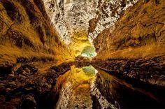 cueva de los verdes. lanzarote. spain. photo: luc viatour (lviatour)