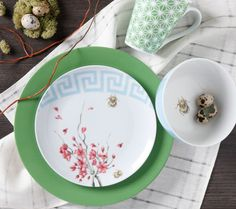 Pin to Win! Clinton Kelly's Effortless Table Collection - Spring Fever #effortlesstable @clintonkelly For full contest rules, visit clintonkelly.com/shop/win-it