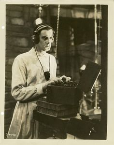 """greggorysshocktheater: """" Colin Clive as Henry Frankenstein """" Hollywood Actor, Classic Hollywood, Hollywood Stars, Frankenstein Film, Hammer Horror Films, Hammer Films, Classic Sci Fi Movies, Frankenstein's Monster, Monster Mash"""