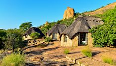 External view of the chalets at Matobo Hills Lodge