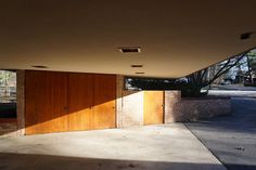 Take a photo tour of the incredible Laurent House in Rockford Illinois - A Usonian home that Frank Lloyd Wright called his Little Gem. Usonian, Clerestory Windows, Radiant Floor, Frank Lloyd Wright, Flat Roof, Rockford Illinois, How To Take Photos, Touring, Interior And Exterior