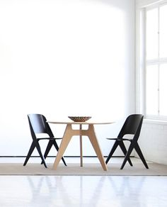 Lavitta chairs and round table from Poiat Retail Space, Furniture Collection, Kitchen Interior, Home Projects, Bar Stools, Dining Room, Woodworking, Cabinet, Objects