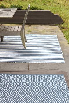 Outdoor rugs are perfect to create a Mediterranean style to your terrace.