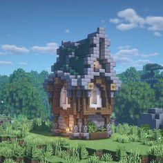 Prismarine House - Minecraftbuilds Minecraft Medieval Village, Minecraft Farm, Minecraft Cottage, Cute Minecraft Houses, Minecraft Plans, Minecraft Construction, Amazing Minecraft, Minecraft Creations, Minecraft Crafts