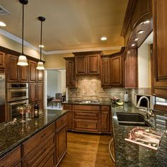 """Traditional Kitchen Photos Kitchens Medium """"oak Cabinets"""" Design, Pictures, Remodel, Decor and Ideas - page 11"""