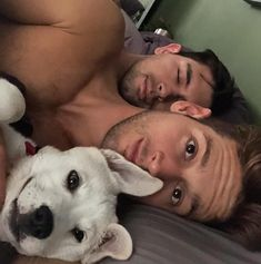 gay love is beautiful ❤❤ love and affection ❤❤ , two guys and their doggie , Relationship goals - pinnerized Tumblr Gay, Cute Gay Couples, Couples In Love, Chien Basset, Max Emerson, Gay Romance, Gay Aesthetic, Gay Men, Gay Guys