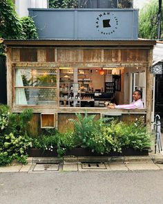 Shozo Coffee Lost count after my sixth iced coffee today 🥤😴 - gastro - Restaurant Cafe Shop Design, Small Cafe Design, Restaurant Interior Design, House Design, Coffee Shop Interior Design, Cafe To Go, Resto Vegan, Container Coffee Shop, Container Cafe