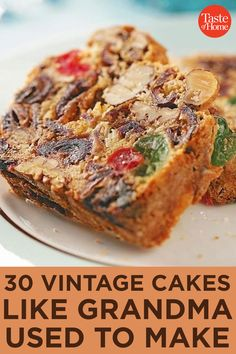 Baking Recipes, Dessert Recipes, Fruit Cake Recipes, Easy Fruit Cake Recipe, Christmas Fruit Cake Recipe, Gateaux Cake, Vintage Cakes, Christmas Baking, Christmas Cakes