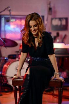 Lisa Marie Presley - put on a great show!