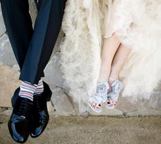 bride + groom wedding shoes///Need to find Graham some funky socks. Sneakers, Wedding, Shoes, Fashion, Trainers, Mariage, Moda, Sneaker, Zapatos