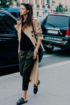 Street looks à la Fashion Week printemps-été 2016 spécial mannequins off-duty もっと見る La Fashion Week, Fashion Mode, Look Fashion, Womens Fashion, Fashion Trends, Paris Fashion, Street Fashion, Net Fashion, Tokyo Fashion