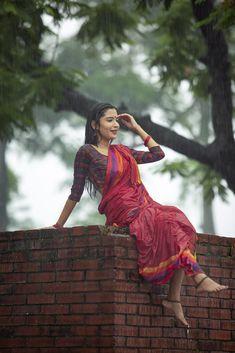 by rakibul hasan sumon Beautiful Girl In India, Beautiful Women Pictures, Beautiful Girl Photo, Most Beautiful Indian Actress, Cute Couples Photography, Girl Photography Poses, Rain Photography, Indian Photoshoot, Saree Photoshoot