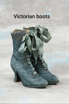 Victorian Era Dresses, Victorian Shoes, Edwardian Era, Victorian Fashion, Vintage Fashion, 1930s Fashion, Vintage Style, Vintage Glam, Victorian Gothic