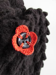 Crochet a Pretty Button Decoration