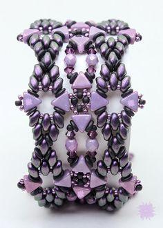 *P Kheop Wing Cuff Bracelet Tutorial Superduo by DesertStarCreations