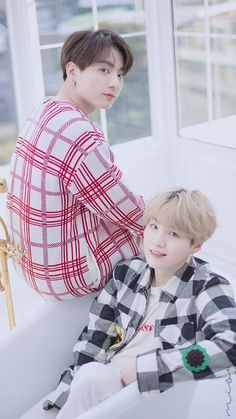 Dispatch & BTS (Suga et Jungkook) Photoshoot