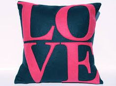 pink pillows Pink and Girly * Shared By:xo  Van
