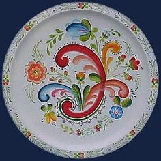 I think this is Os rosemaling not   Telemark rosemaling