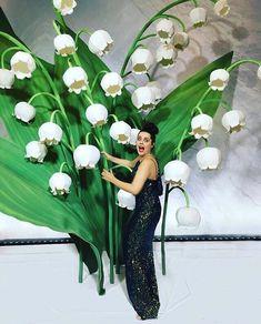 Думаете, как отпраздновать 8 марта?Подарите себе сказку! С @artmix_decor вы почувствуете себя Дюймовочкой среди гигантских цветов!Ведь только у нас: – самые большие цветы для фотосессий – эксклюзивные инсталляции – нестандартный подход к оформлению – 4-метровые ландыши – роковые красные маки – королевские розы – нежные орхидеи – доступные цены Бронируйте прямо сейчас @artmix_decor @artmix_decor И пусть ваша сказка станет реальностью!
