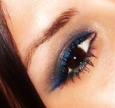 L'Oreal Infallible eyeshadow in All Night Blue & Annabelle Smudge Paint in Skyline