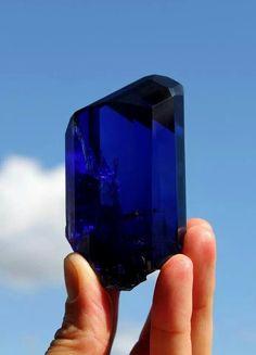 Amazing tanzanite crystal