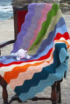 Multi coloured ripple in Panda Magnum Soft Hugs, Panda, Blanket, Crochet, How To Make, Color, Big Hugs, Colour, Ganchillo