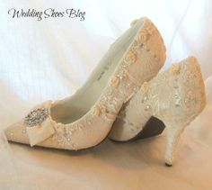 Vintage Lace Wedding Shoes Is A Mix Of Style with Comfort. http://www.weddingshoesblog.com/tag/vintage-lace-wedding-shoes/ #weddingshoes #shoes #fashion