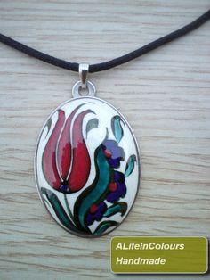Iznik tile pottery tulip pendant by ALIFEINCOLOURS on Etsy, $27.00