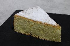 Gâteau de Savoie par Alain Ducasse Alain Ducasse, Chefs, Muffins, Breakfast Pastries, No Bake Cookies, Cheesecakes, Cornbread, Vanilla Cake, Feta