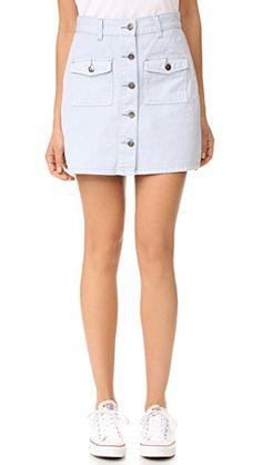 5ca31da9f6 ¡Consigue este tipo de falda vaquera de Minkpink ahora! Haz clic para ver  los