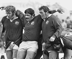 The British Lions field an all-Pontypool front-row with Graham Price, Bobby Windsor and Terry Faulkner (right) Welsh Rugby Players, Soccer Players, British And Irish Lions, International Rugby, Wales Rugby, Australian Football, Rugby Men, Hard Men, Rugby League