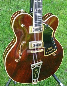 Gretsch Super Chet w Orig Case, 1972 ,Walnut (I think) Chet Atkins, Vintage Electric Guitars, Stair Steps, Guitar Tips, Gretsch, Guitar Design, Keith Richards, Types Of Music, Cool Guitar