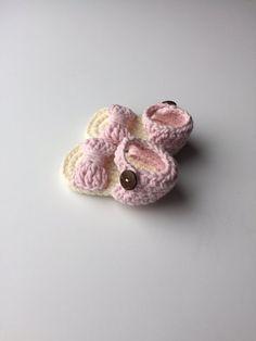 Look - Crochet eve stylish baby sandals video