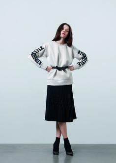 http://www.gatrimon.com/eshop/fr/ Sweater : STREET Skirt : PLISS