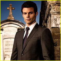 'The Originals' Interview: Daniel Gillies on Elijah's Code & Klaus' Lack of Wisdom