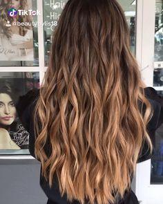 Ecaille Hair, Brown Hair Balayage, Blonde Hair With Highlights, Brown Blonde Hair, Caramel Highlights, Hair Lights, Light Hair, Light Brunette Hair, Brunette Ombre Balayage