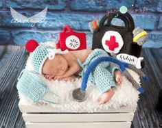 Crochet Doctor Set boy or girl more colors available Newborn 0-3month,3-6 month,6-12 month Baby Scrubs, toddler SALE