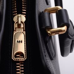 The zip shows the perfection of craftsmanship Handbags, Zip, Personalized Items, Luxury, Instagram Posts, Gold, Black, Fashion, Bags