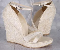 cb08f1fd3091 15 Marvelous Winter Bridal Shoes And Boots Ideas