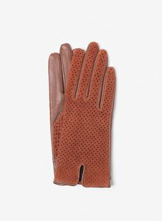 Uterqüe Croatia Product Page - Accessories - Suede gloves with perforations - 450