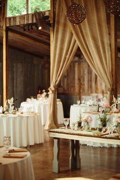 Rustic outdoor Texas wedding | photo by Sara
