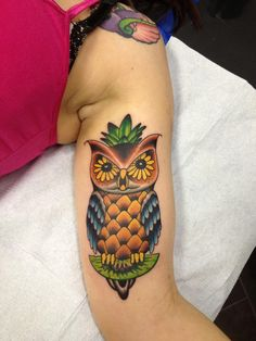 A pineapple owl done by Les Collier at Searchlight Tattoo, Ga.